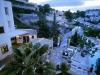 04-terrace-by-night